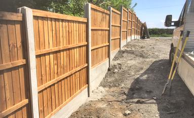 timber fencing contractors Midlands